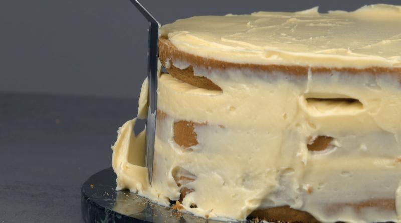 Forrar bolo com glacê