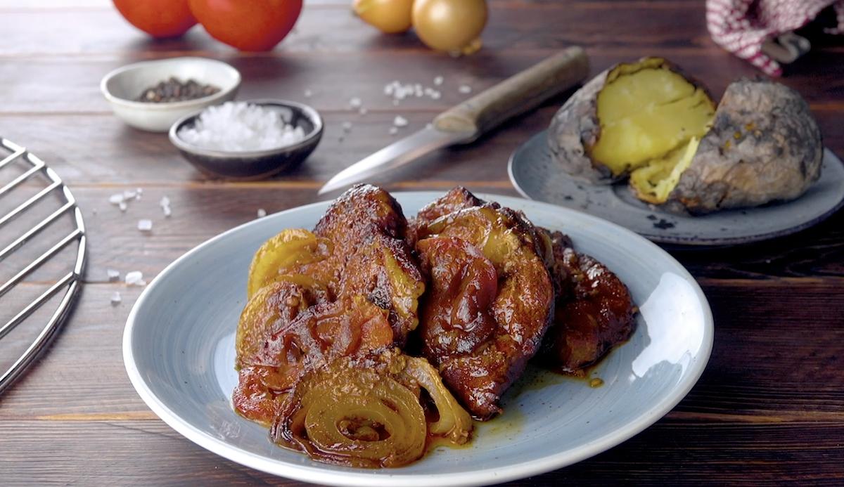 Carne de porco assada com batatas