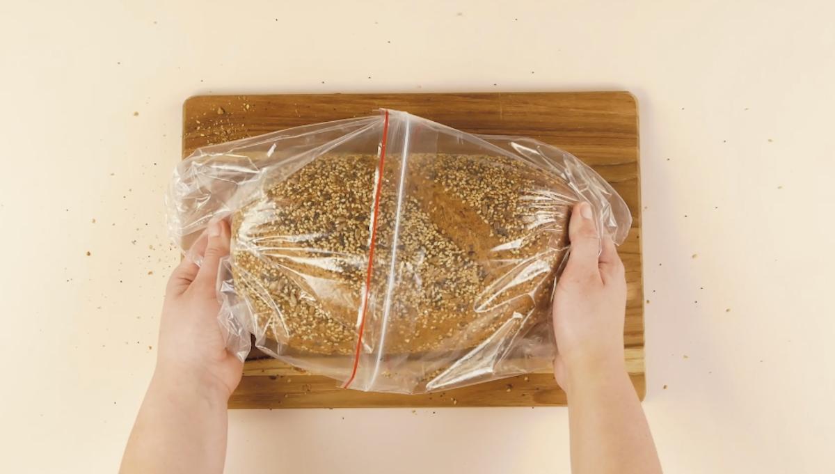 Pão em sacos herméticos