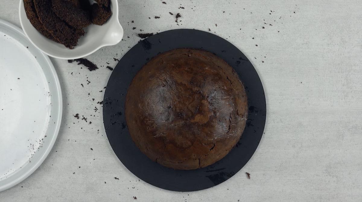 Bolo de chocolate retirado da geladeira
