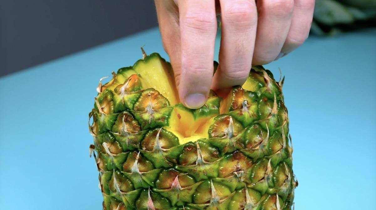 Pedacinhos de abacaxi