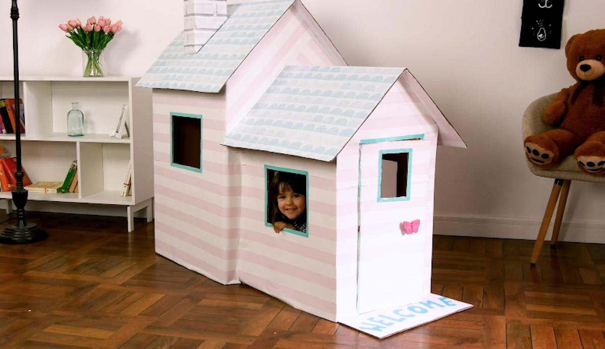 Casa de papelão