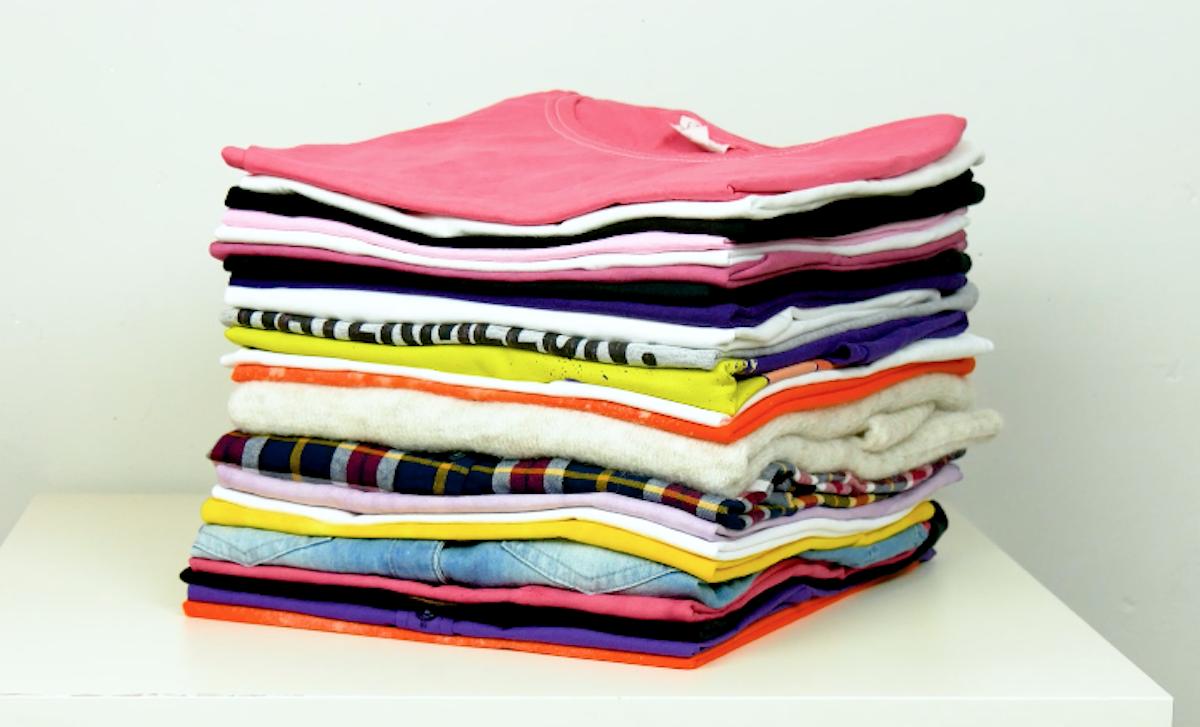 camisetas dobradas