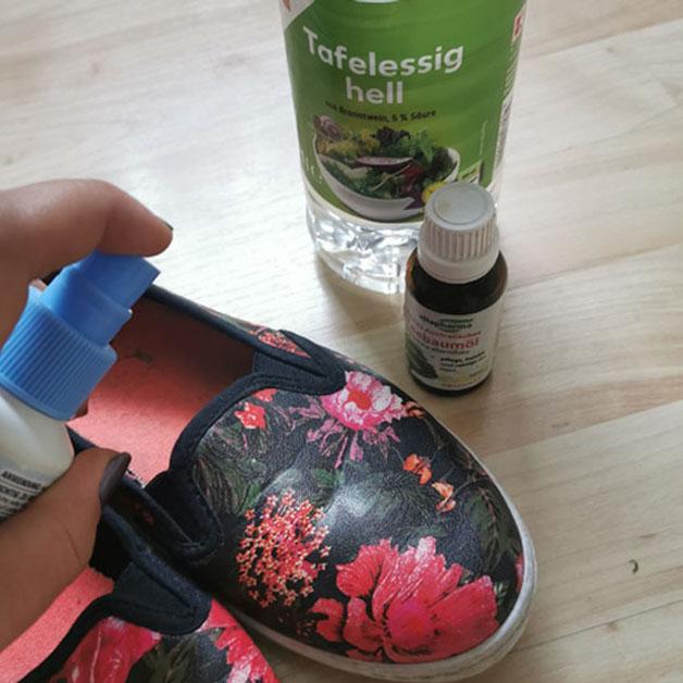 Solução conta odor nos pés