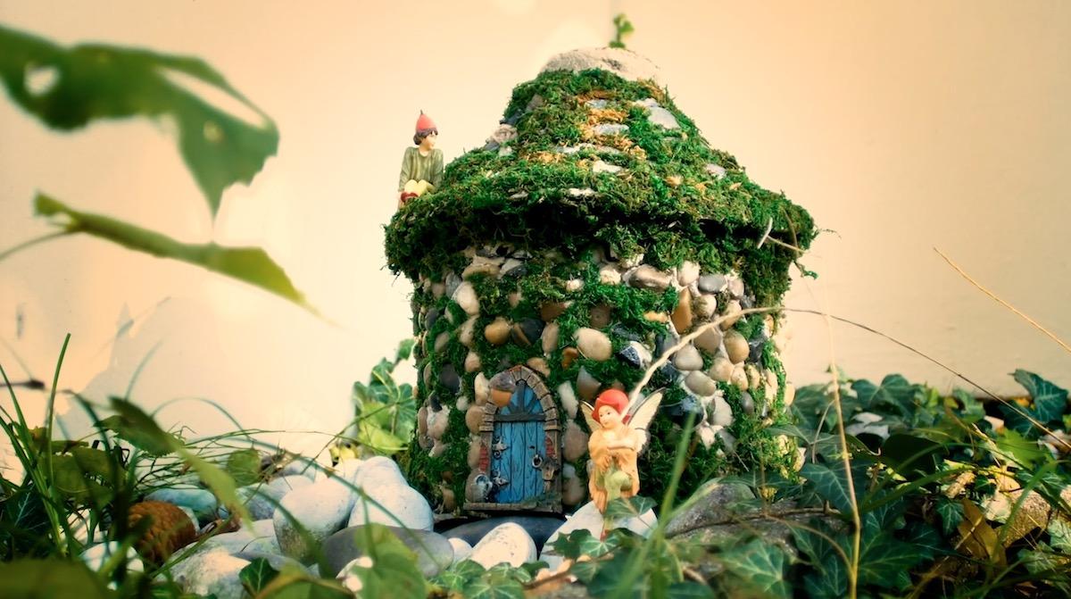 Casinha de fadas para o jardim