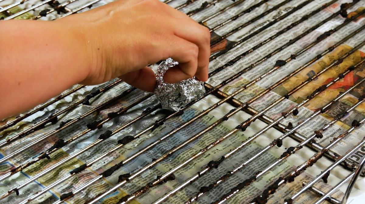 papel alumínio para limpar grade