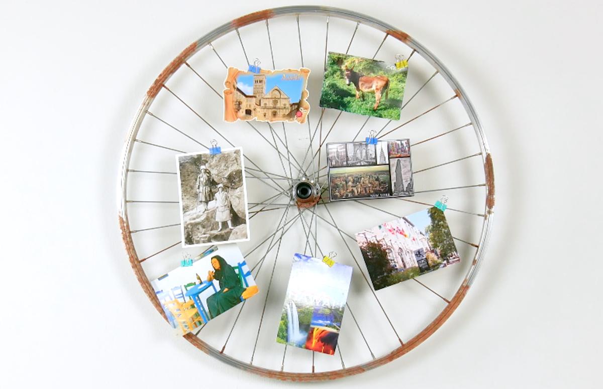 Painel de foto feito com roda de bicicleta