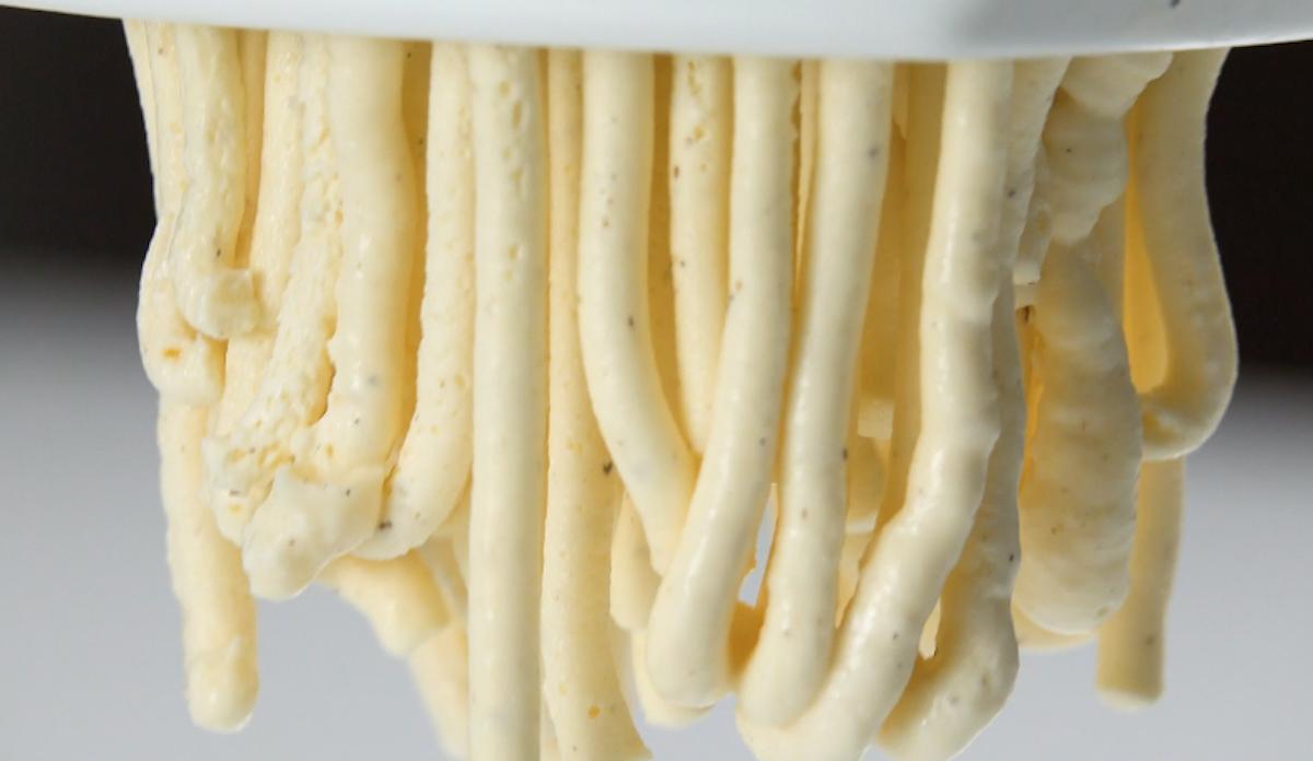 sorvete espremido em espremedor de batata