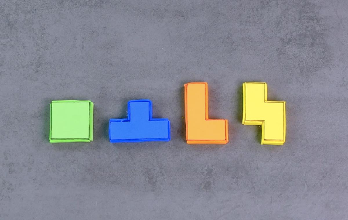bloco de tetris de papel emborrachado