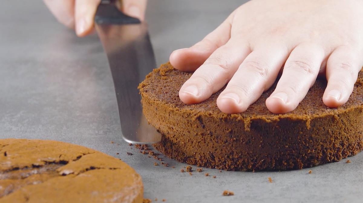 corte o bolo em 3 camadas