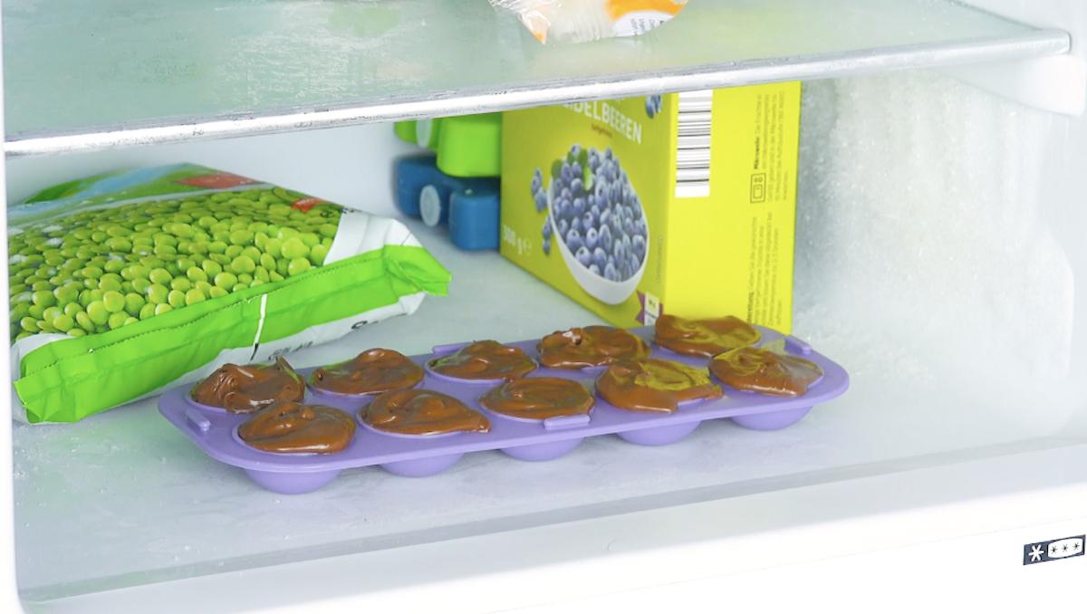 congele a nutella na forma de gelo
