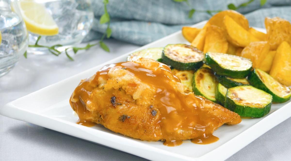 peito de frango com molho