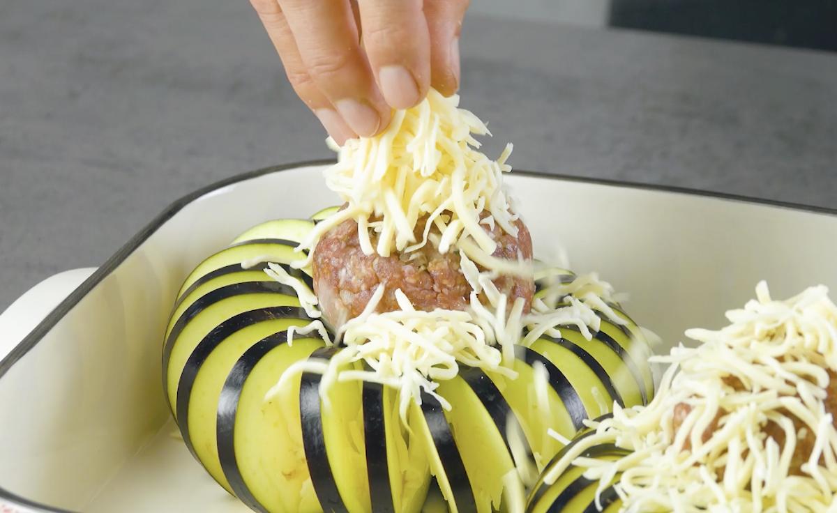 adicione queijo ralado