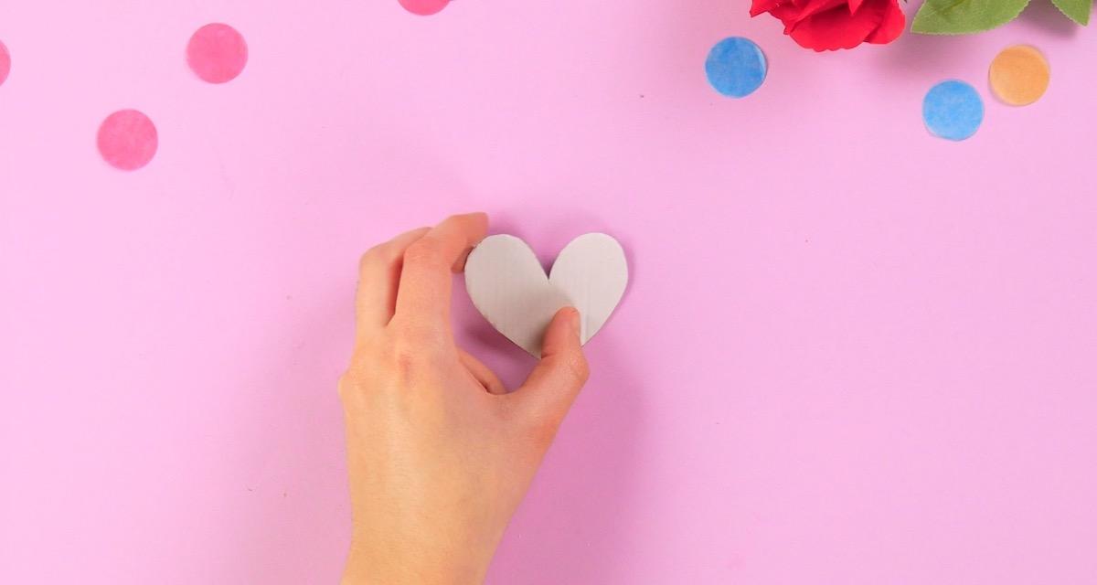coração de papelão