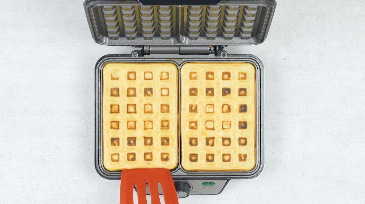 Faça primeiro os waffles