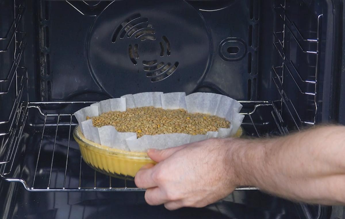 leve a massa ao forno