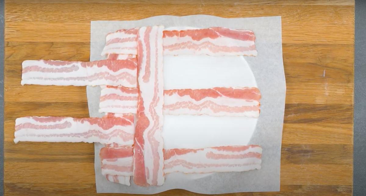 trama de bacon