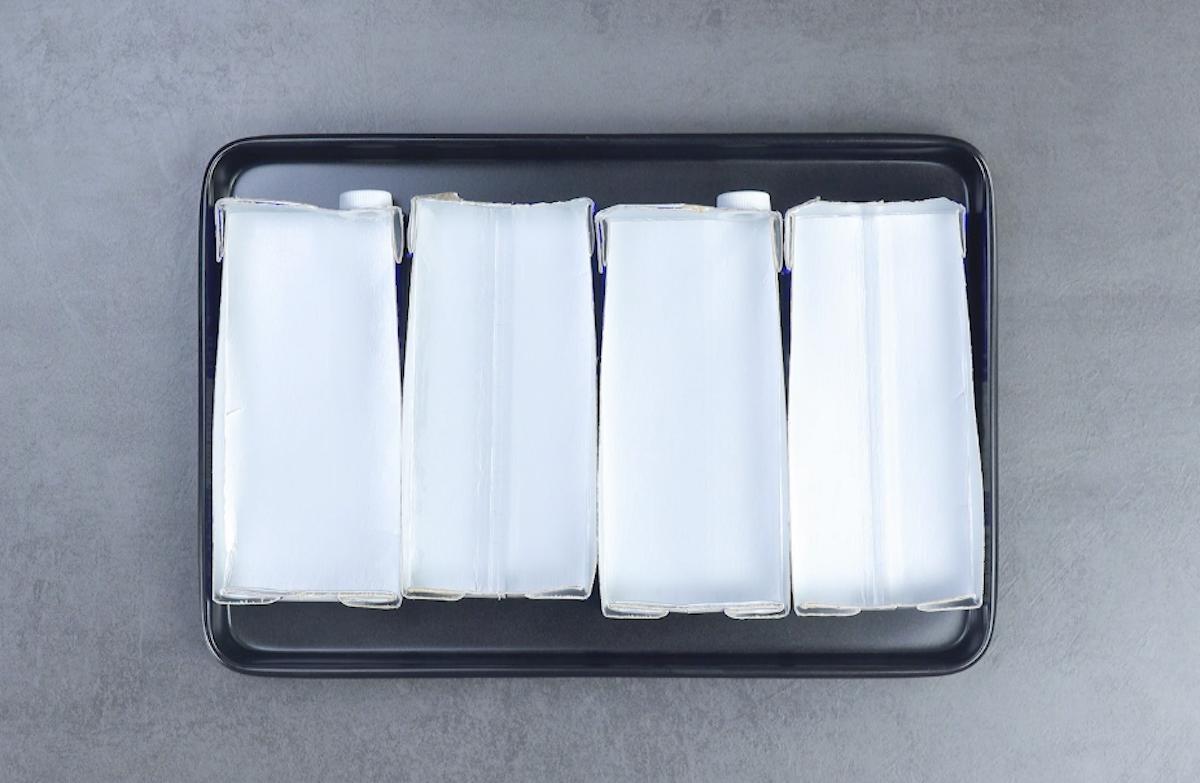 corte 2 caixas de leite