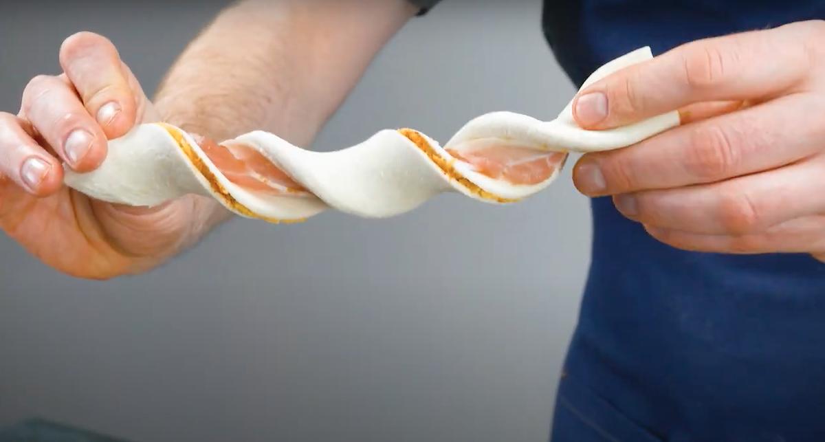 palitos entrançados massa folhada e bacon