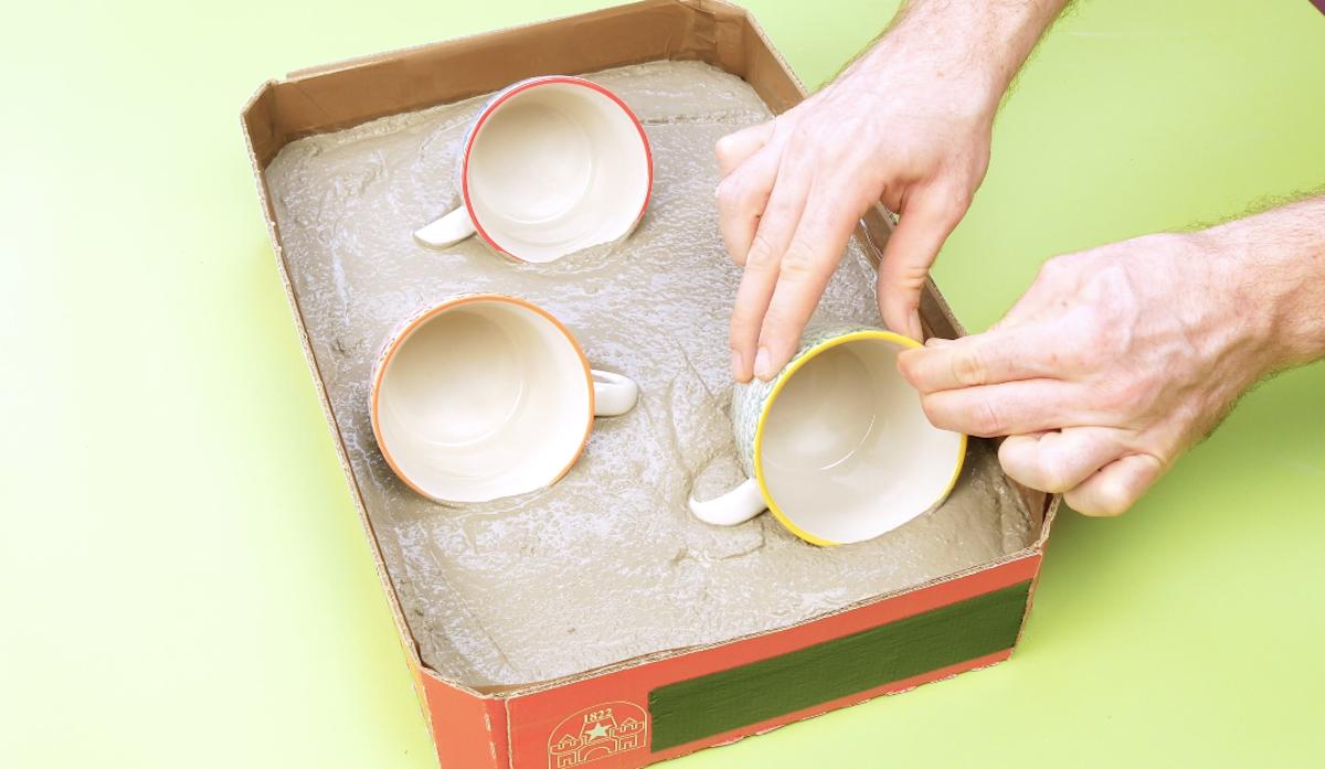 coloque 3 xícaras no cimento