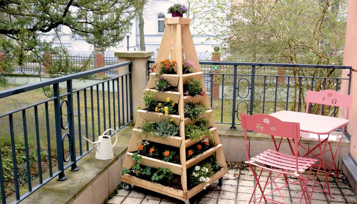 jardim piramidal elevado