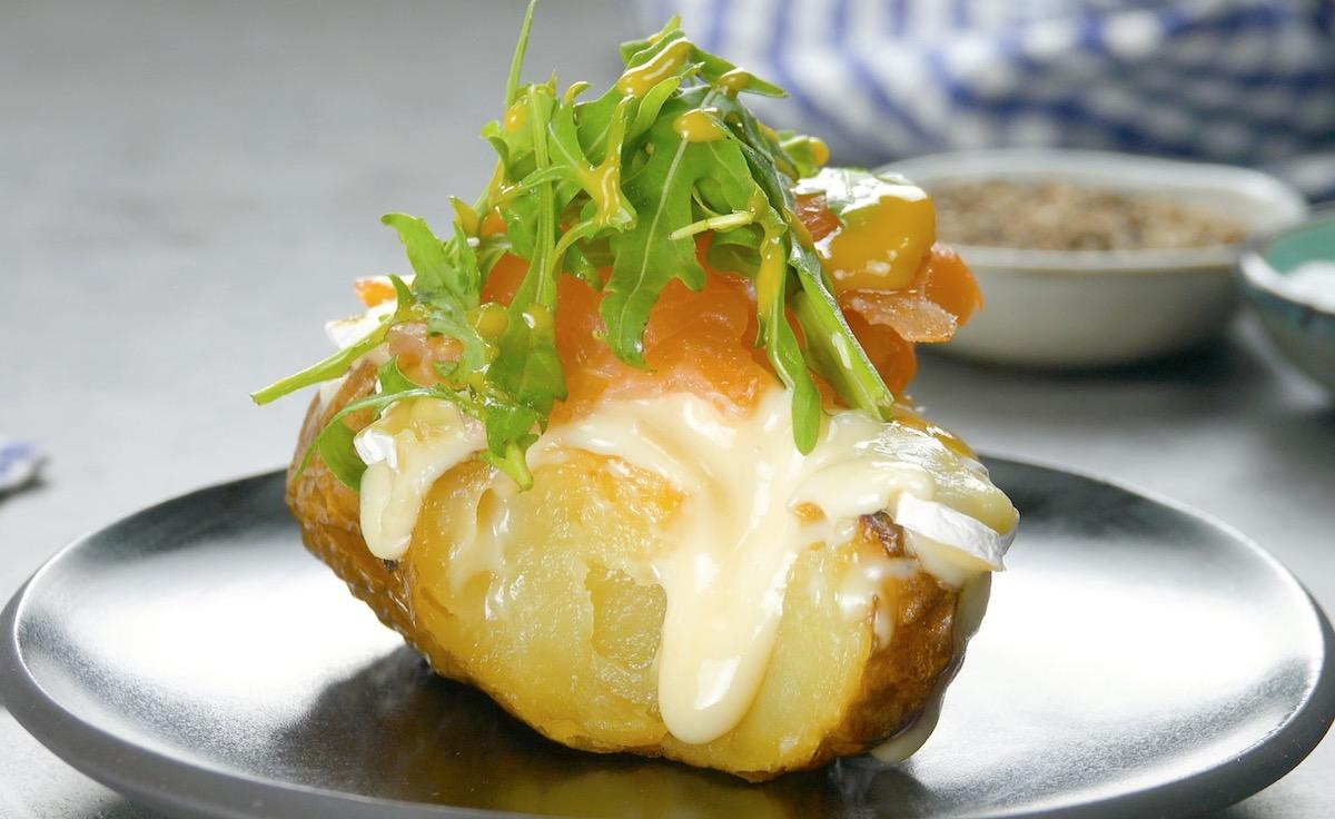 batata com salmão defumado