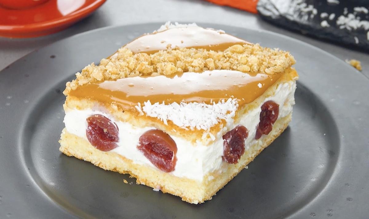 Torta de cereja e caramelo