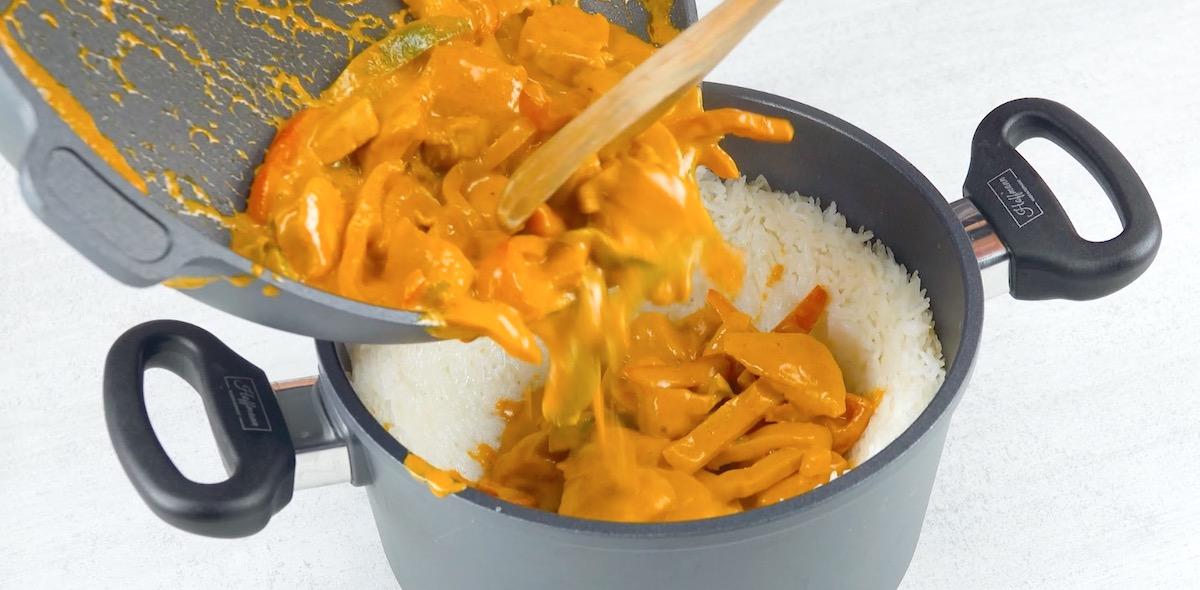 coloque o frango no arroz