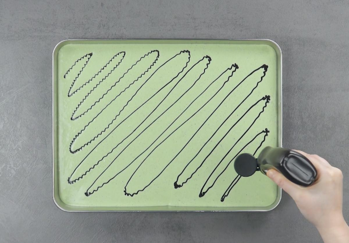 misture os ingredientes e coloque em um tabuleiro