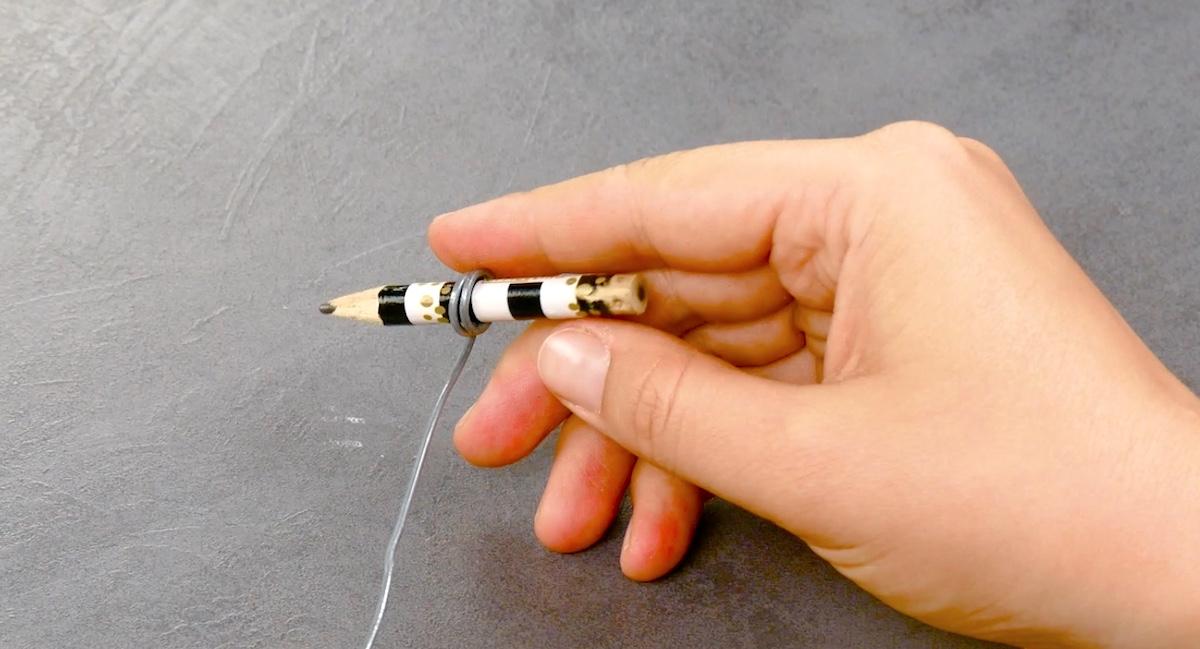 lápis e arame